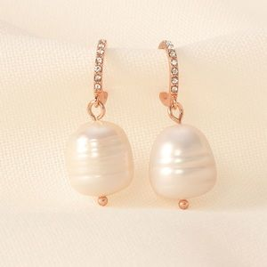 Stella & Dot *Pearl Huggies Earrings* Rose Gold
